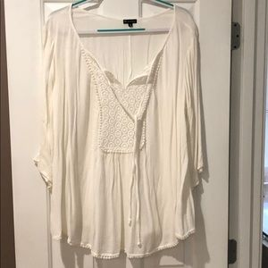 Pullover blouse, never worn comes with shell